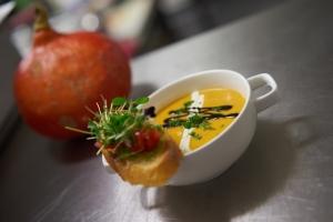 Bierthe ++ Restaurant Troisdorf ++ Kürbissuppe